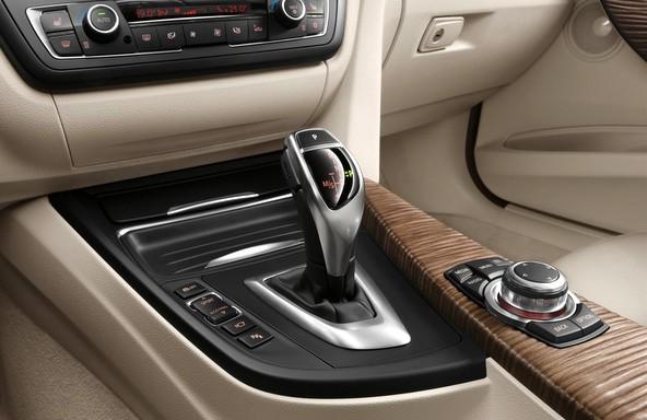 F30 BMW3シリーズ 内装