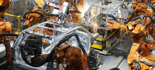 自動車 溶接ロボット