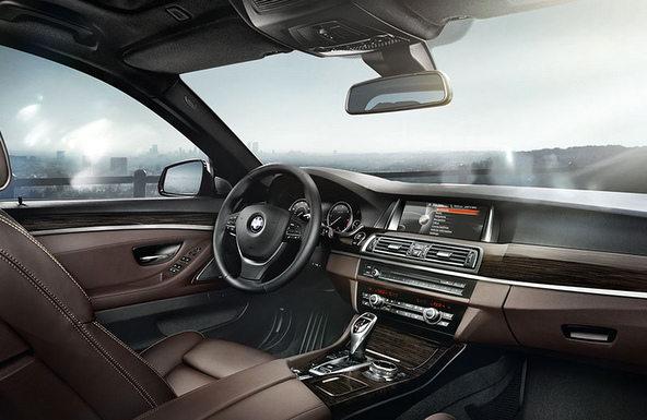BMW535i 内装