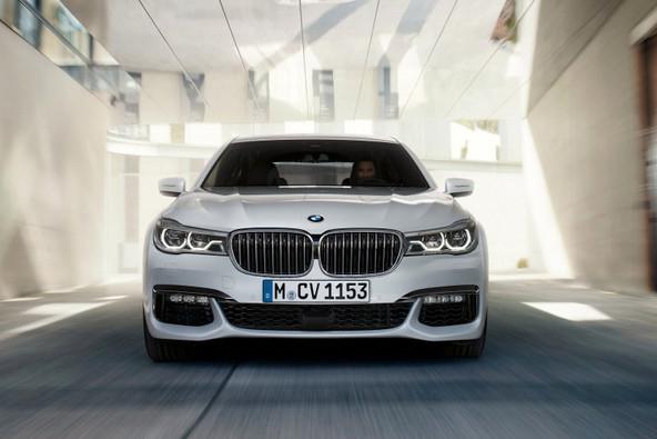 BMW760Li 中古車 注意点