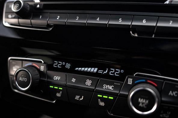 BMW X2 内装 質感